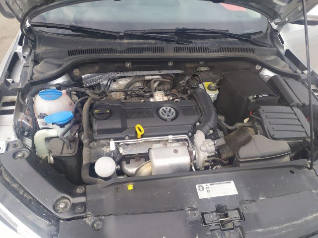 Купить б/у Volkswagen Jetta, 2014 год, 122 л.с. в России