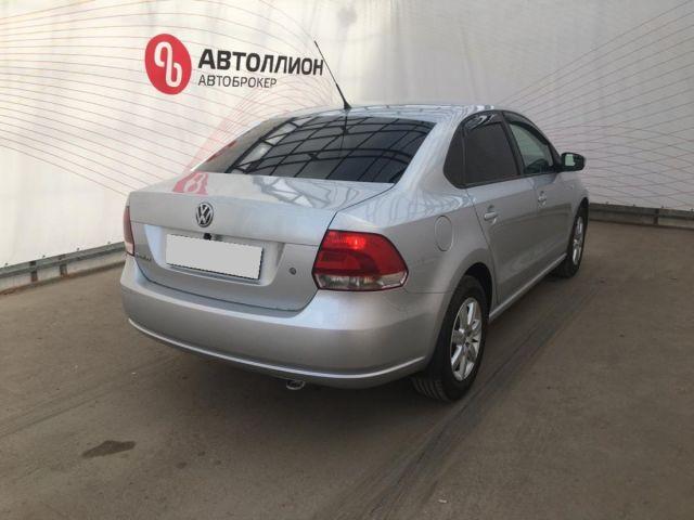 Купить б/у Volkswagen Polo, 2011 год, 110 л.с. в Анапе