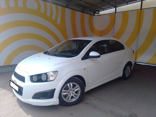 Купить б/у Chevrolet Aveo, 2012 год, 106 л.с. в России