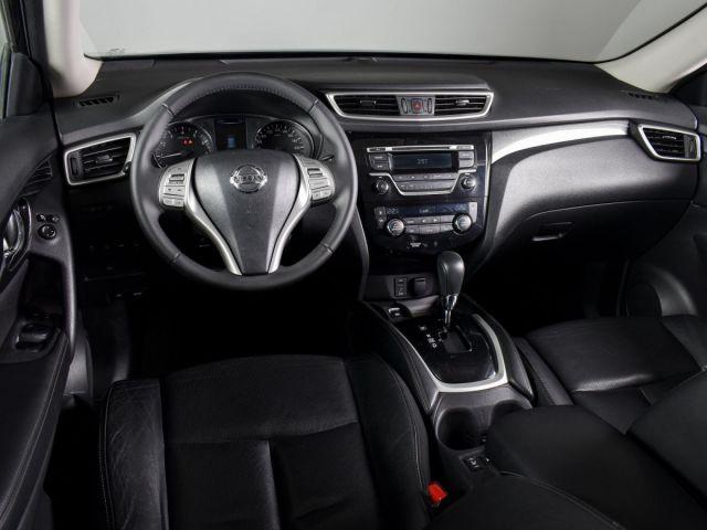 Купить б/у Nissan X-Trail, 2017 год, 144 л.с. в Воронеже