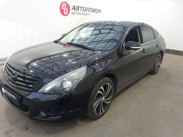 Купить б/у Nissan Teana, 2013 год, 183 л.с. в России