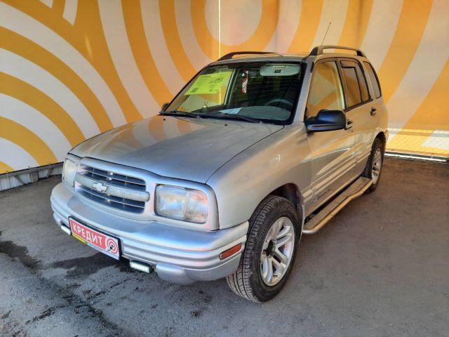 Купить б/у Chevrolet Tracker, 2000 год, 128 л.с. в России