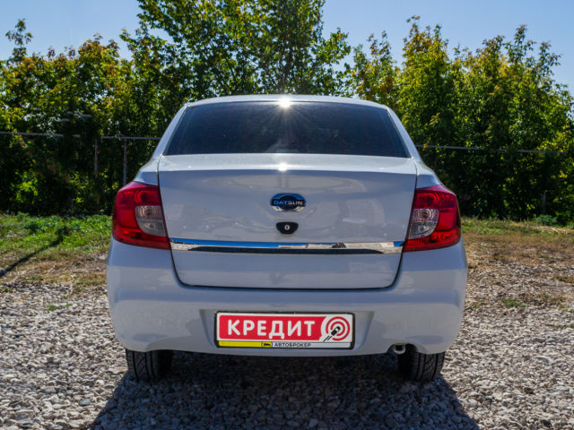 Купить б/у Datsun on-DO, 2015 год, 87 л.с. в России